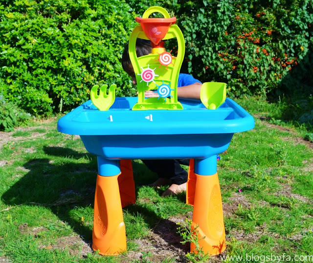 Chad Valley Sand & Water Table