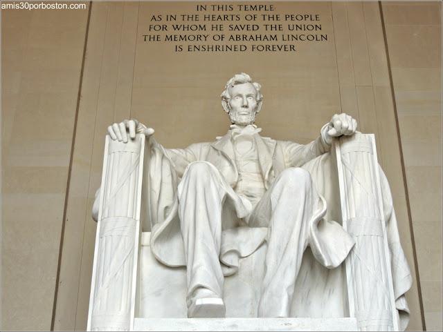 Escultura del Presidente Abraham Lincoln en Washington D.C
