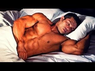 فائدة النوم للرياضيين ( تأثير النوم علي العضلات )