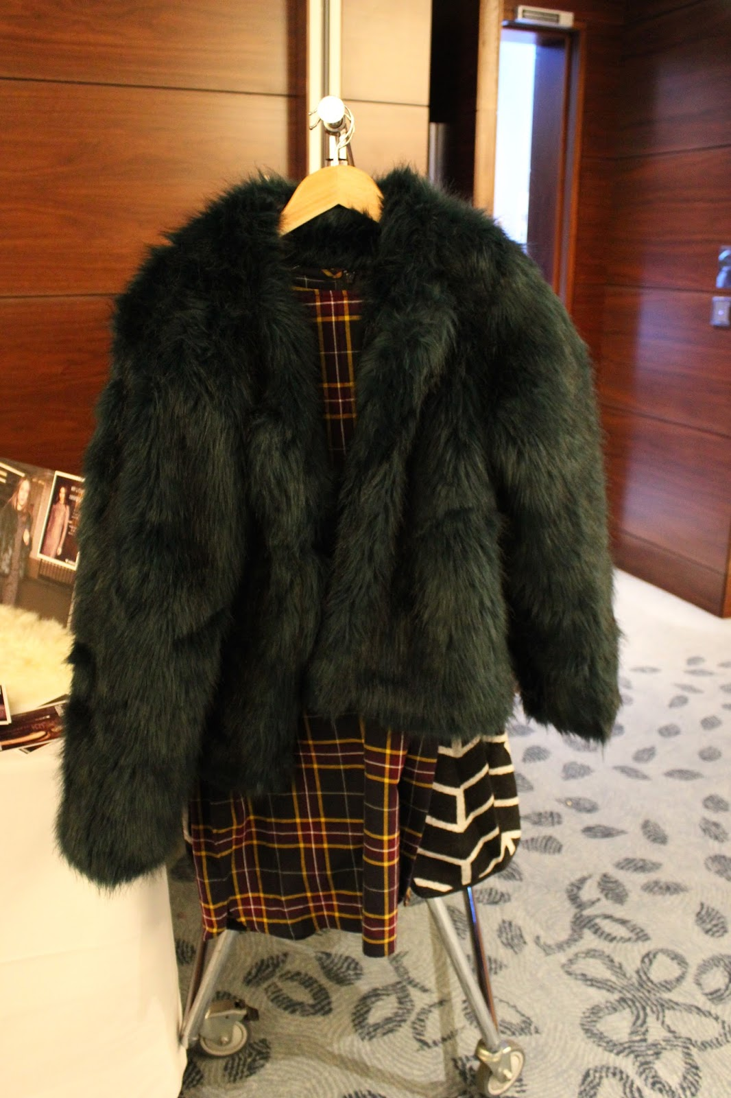 Georgie Minter-Brown actress blogger lifestyle press event bloggers festival scarlett london fashion fur coat
