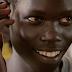 Patrick Otema descubre la lengua de signos en Uganda