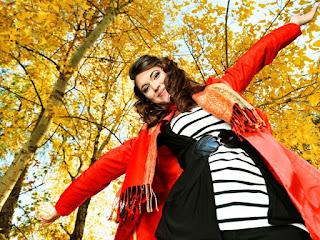 Осень счастливая девушка