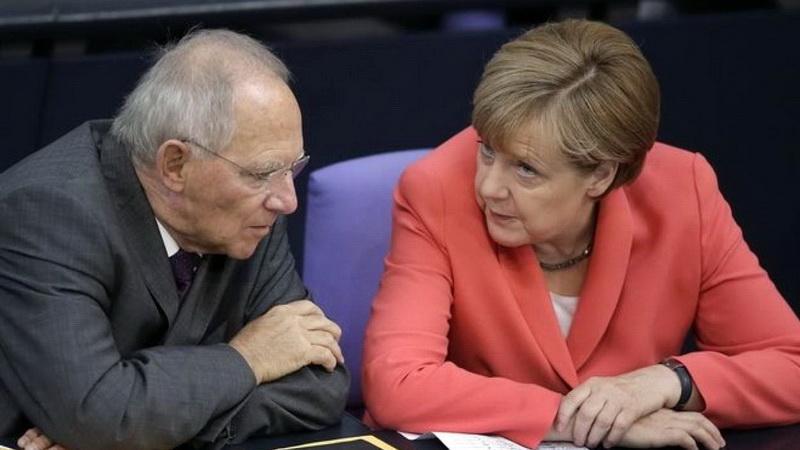 """Γερμανική αλεπού στο κυπριακό... παζάρι: Ξαφνικά η Μέρκελ απαιτεί """"ταχύτατη"""" λύση με... Ανάν"""