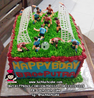 Kue Tart Sepak Bola Untuk Anak Cowok