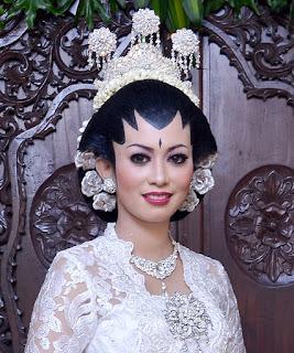 Rias Dan Make Up Pengantin Jawa Modern Make Up Rias Pengantin Jogja
