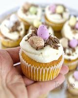 Cupcake, kuppikakku, porkkana , pääsiäinen, porkkana kuppikakut, carrot, carrot cake, carrot cupcake, easter, easter cake, easter cupcake
