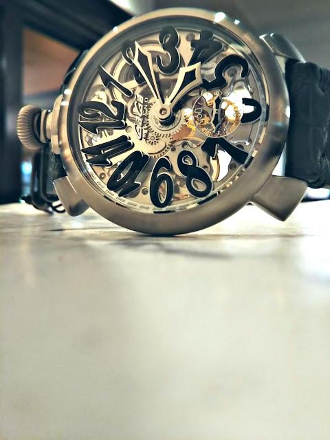 大阪 梅田 イタリア ファッション ウォッチ 腕時計 ガガミラノ GaGa SELECT ラグジュアリー マヌアーレ スケルトン プレゼント パーティー