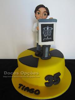 Bolo para o aniversário de um radiologista