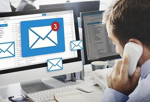 Salah Alamat Email Ingin Lucu Com