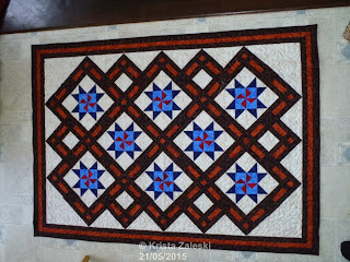 http://kristaquilts.blogspot.ca/2015/05/a-week-of-finishes.html