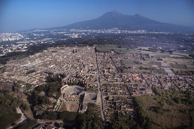 With 30 buildings restored, Pompeii heads towards new visitor record