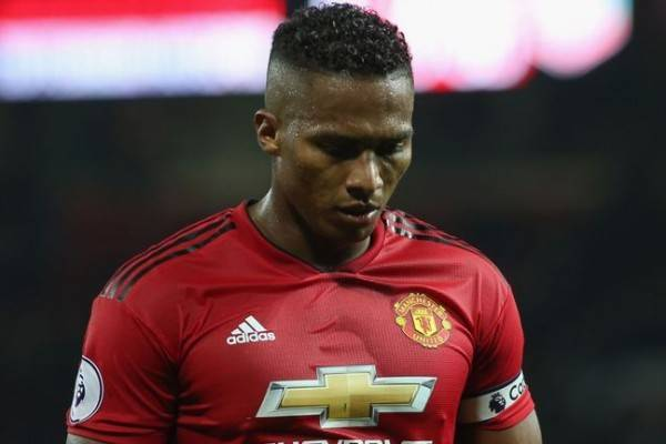 Bakal Tinggalkan Manchester United, Antonio Valencia Diincar Arsenal