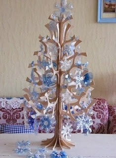 arbolito-navideño-botellas-recicladas