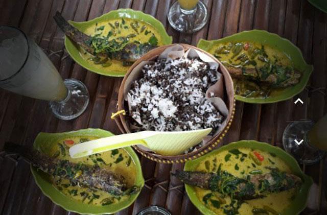 gubug tiwul waroenk & Cafe