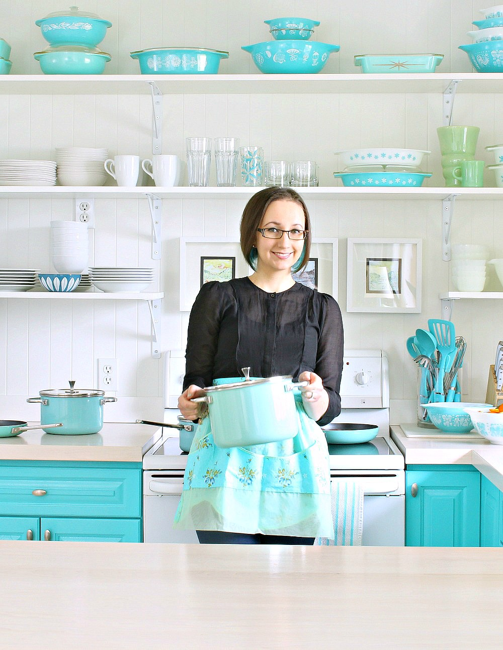 Turquoise Kitchen, Vintage Pyrex Collection