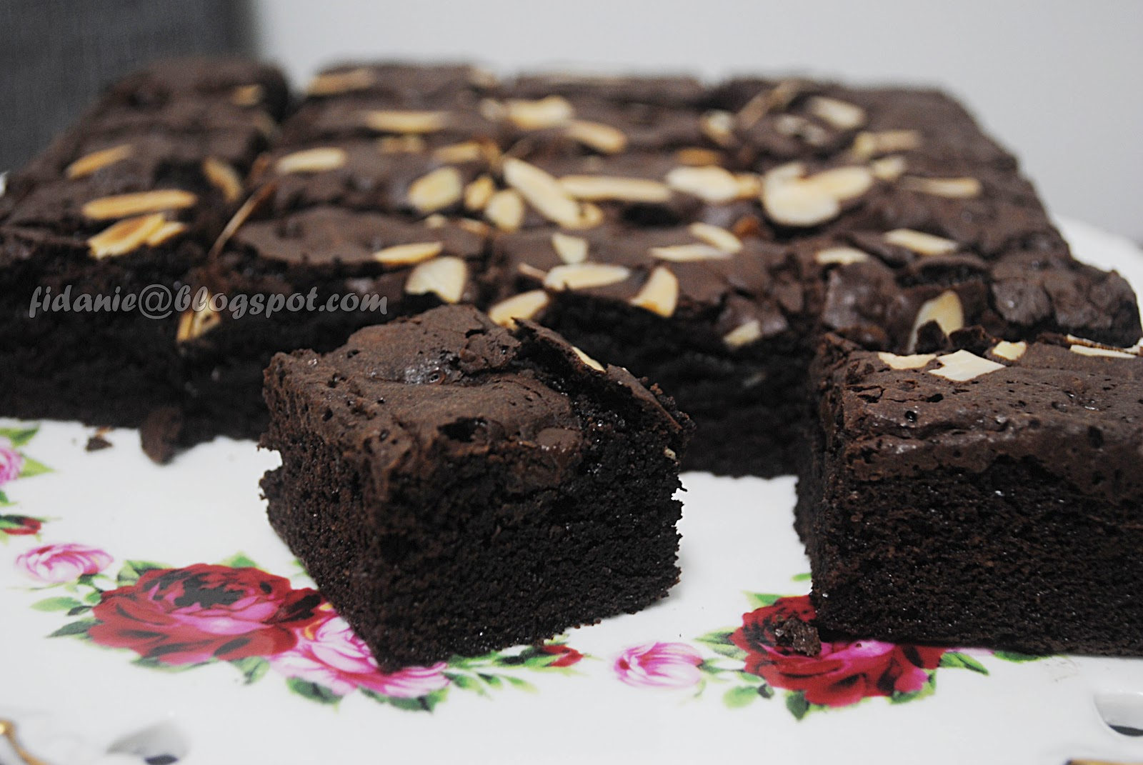 Mengunyah Brownies Kegemaran Resepi Double Dark Chocolate Brownies