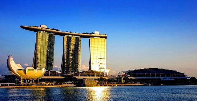 Marina Bay Sands Gedung Pencakar Langit Mewah di Singapura