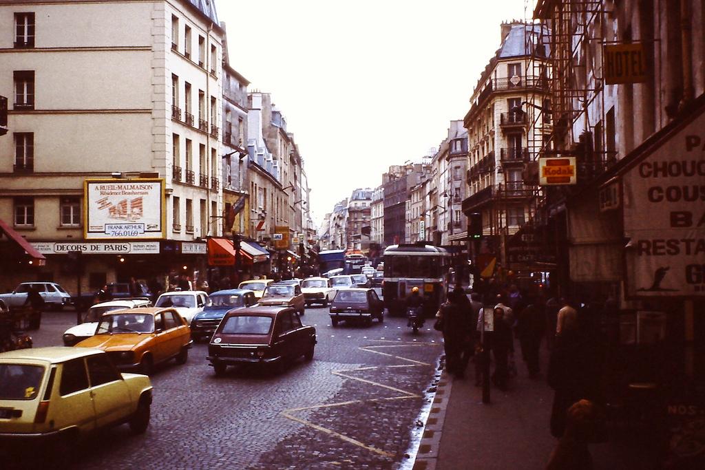 Rue du faubourg saint antoine paris 1978 vintage everyday - Paris rue du faubourg saint antoine ...