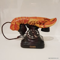 Dali lobster phone