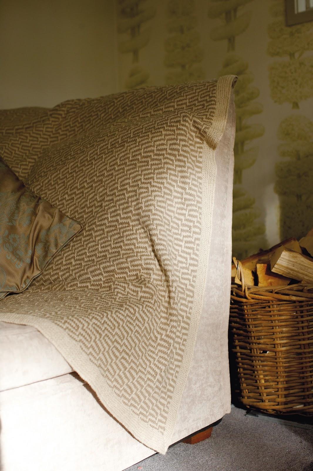 Rowan Loves ... Handknit Cotton and Creative Linen