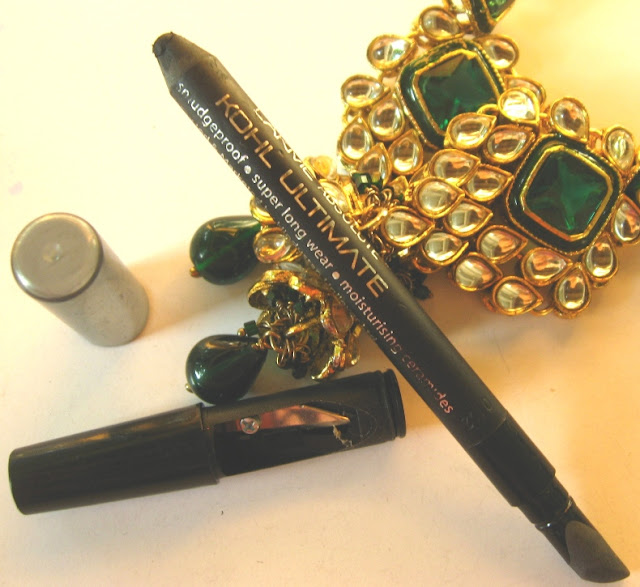 Lakme Absolute Kohl Ultimate Review, Swatches and EOTD