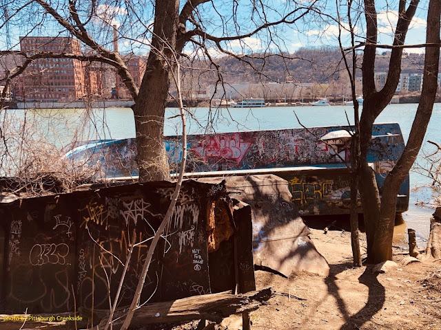 Pittsburgh Boat Graveyard