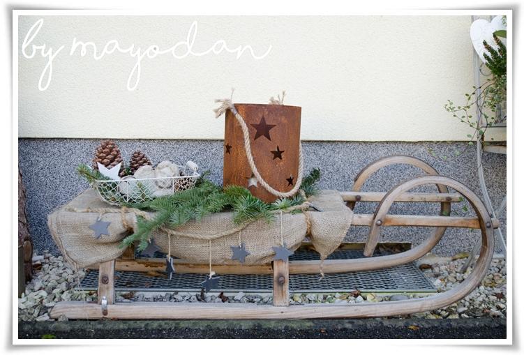 alten schlitten dekorieren mit diesen ideen k nnen sie den alten schlitten weihnachtlich. Black Bedroom Furniture Sets. Home Design Ideas