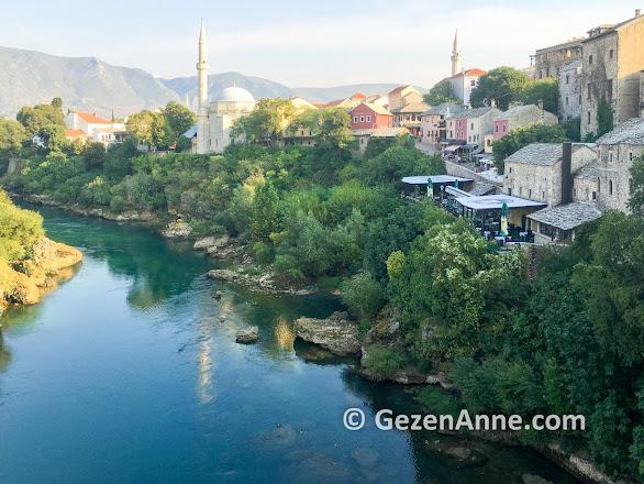 Neretva nehri ve Mostar old town, Bosna Hersek