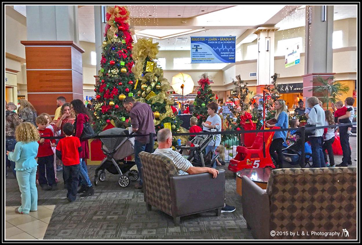 Ocala, Central Florida & Beyond: Santa at the Mall