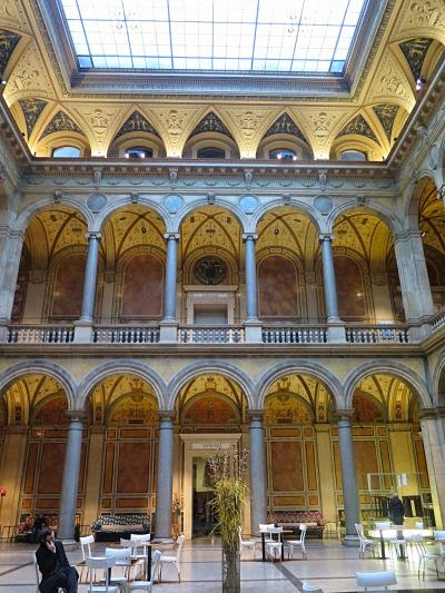 Patio central del MAK museum, Viena