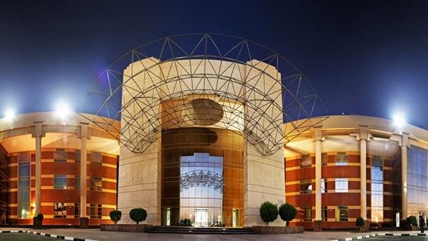 """جامعة عجمان الإماراتية تعلن عن وظائف جديدة لأعضاء هيئة التدريس المصريين """"من معيد إلي أستاذ""""في 13 تخصص .. ننشر نص الإعلان"""