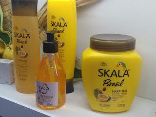 37ad5b91d A nova linha é 100% VEGANA, ou seja, sem ingredientes de origem animal e  LIBERADA para os adeptos das técnicas de low e no poo, com exceção do  shampoo, ...