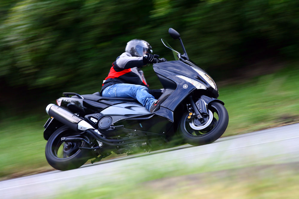 Bikes Wallpapers: Yamaha Tmax 500