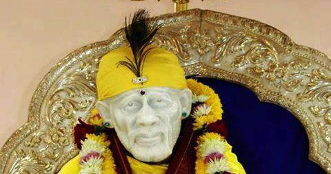 Temple Quotes Wallpaper Pc Hd Beautiful Sai Baba Ji In Yellow Dress Hd Wallpaper Sai