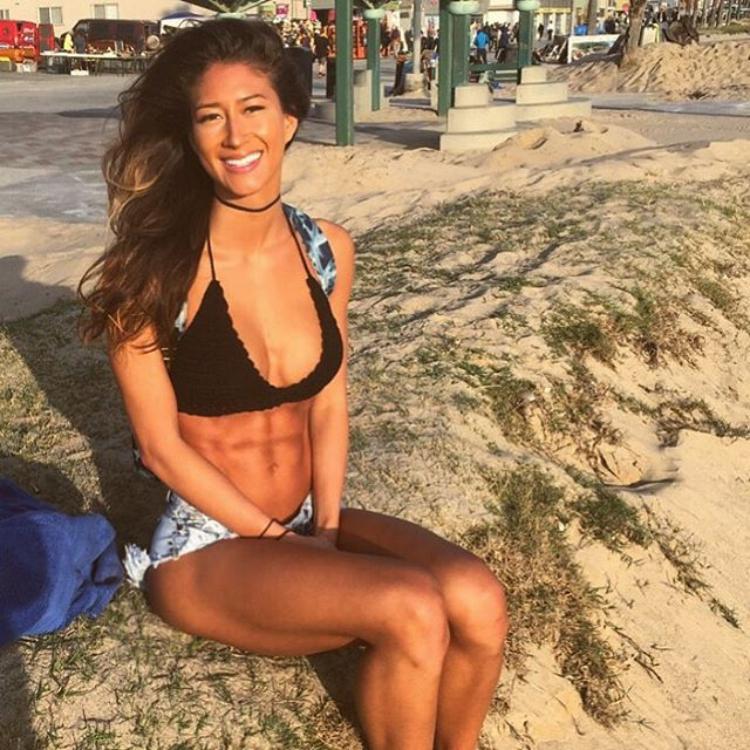 Karina Elle Lisenbee Fitness Model Instagram