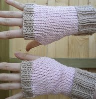 http://www.ravelry.com/patterns/library/fingerless-mittens-pattern-in-swedish