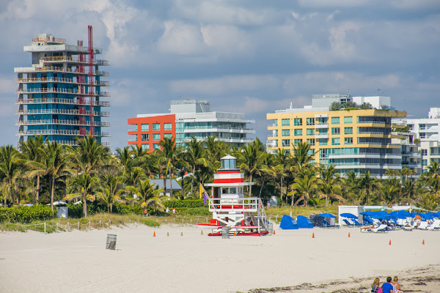 Building, Palm Trees, lifeguard post at Miami Beach