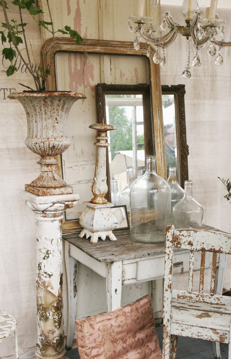Vignette Home Decor Interior Design