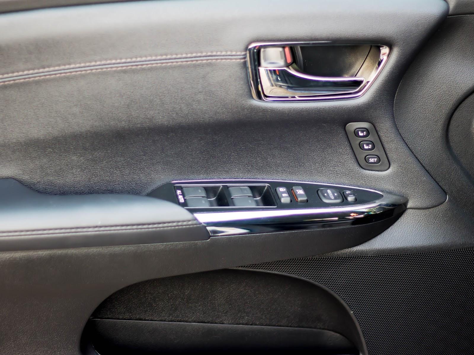 Full size sedan memory seat