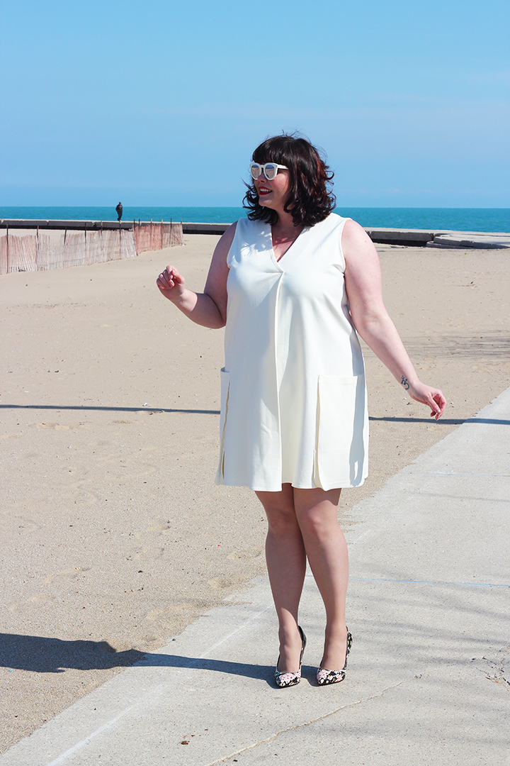 Plus Size Blogger Amber from Style Plus Curves in a Rachel Roy Curvy Plus Size Collection Sheath Dress