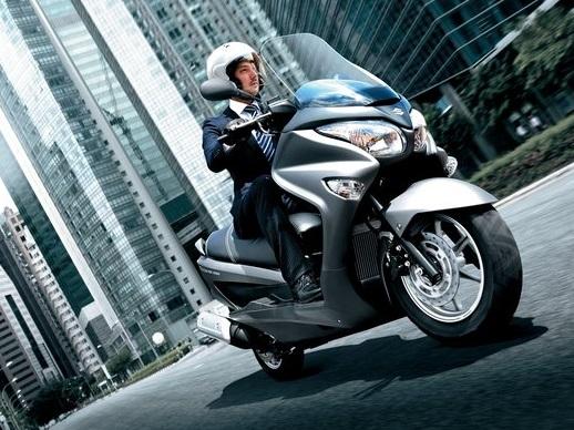 Harga dan Spesifikasi Suzuki Burgman 200