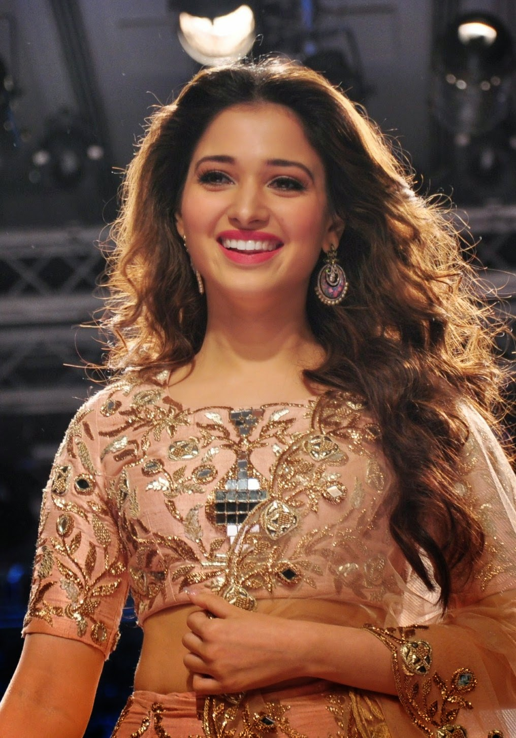 Latest Tamanna In Saree: Tamanna Bhatia Latest Photos At Lakme Fashion Week 2015
