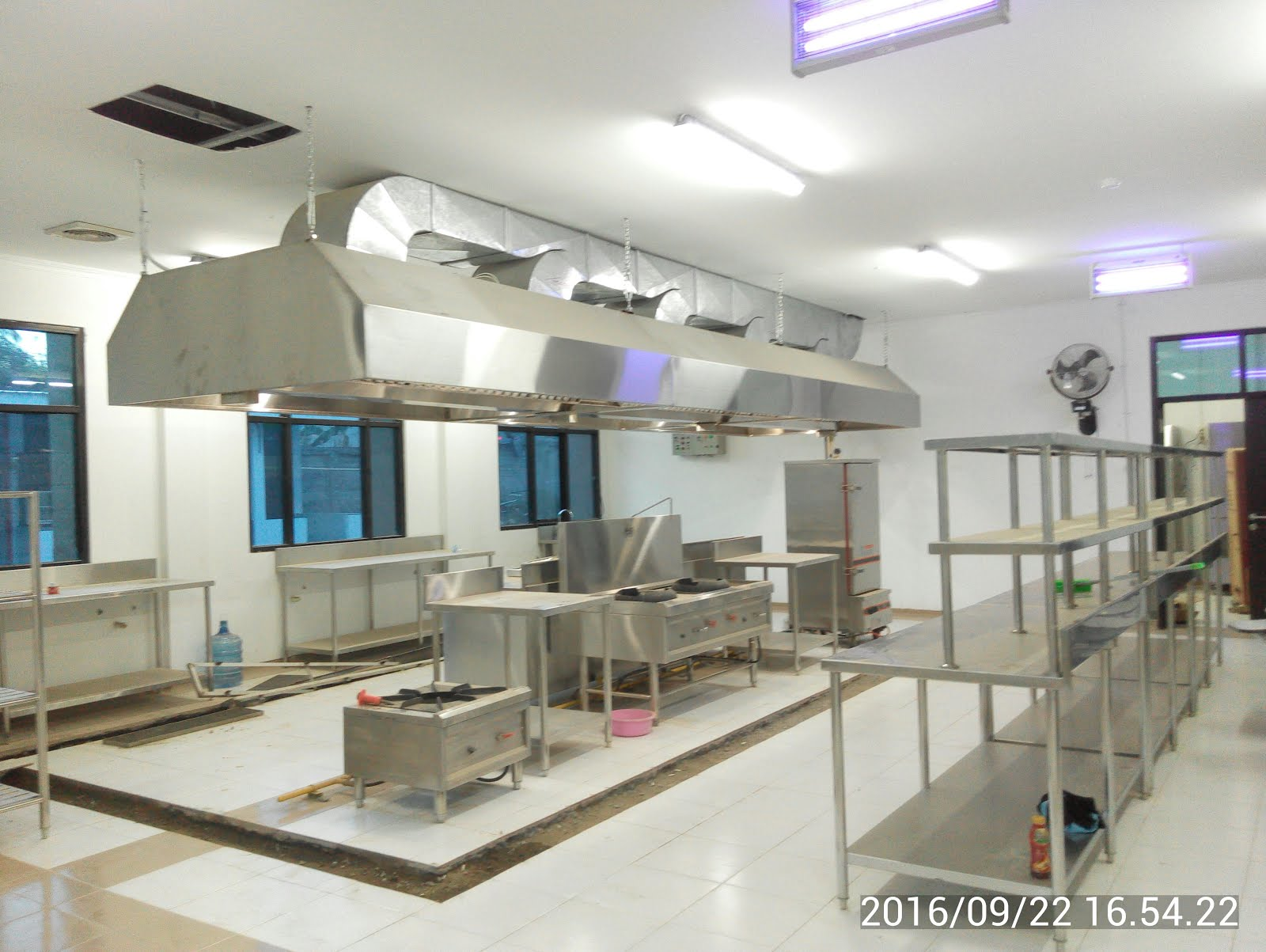 Jual Kitchen Set Stainless Restoran Equipment Cafe Rumah Sakit Hotel Tangga Ukuran Custom