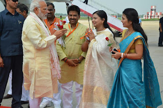 pm-in-kashi-on-12