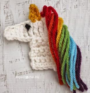 http://translate.google.es/translate?hl=es&sl=auto&tl=es&u=http%3A%2F%2Fwww.repeatcrafterme.com%2F2014%2F10%2Fu-is-for-unicorn-crochet-unicorn.html