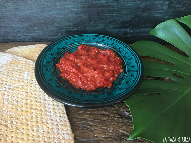 matbucha-matbuja-dip-a base-de-tomates-y-pimientos