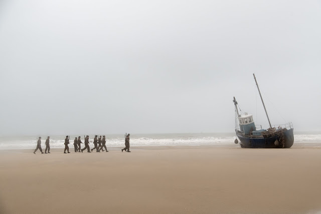 Soldiers on Dunkirk Beach