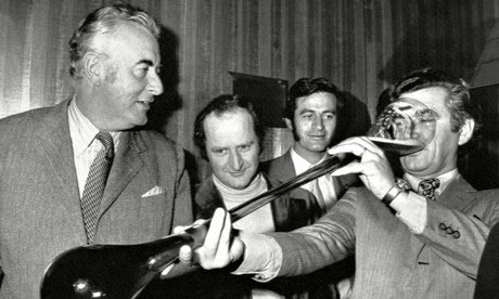 Gough-Whitlam-and-Bob-Haw-011