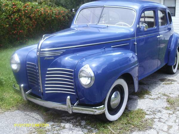Daily Turismo: Blue Beast: 1940 Plymouth Road King Touring ...