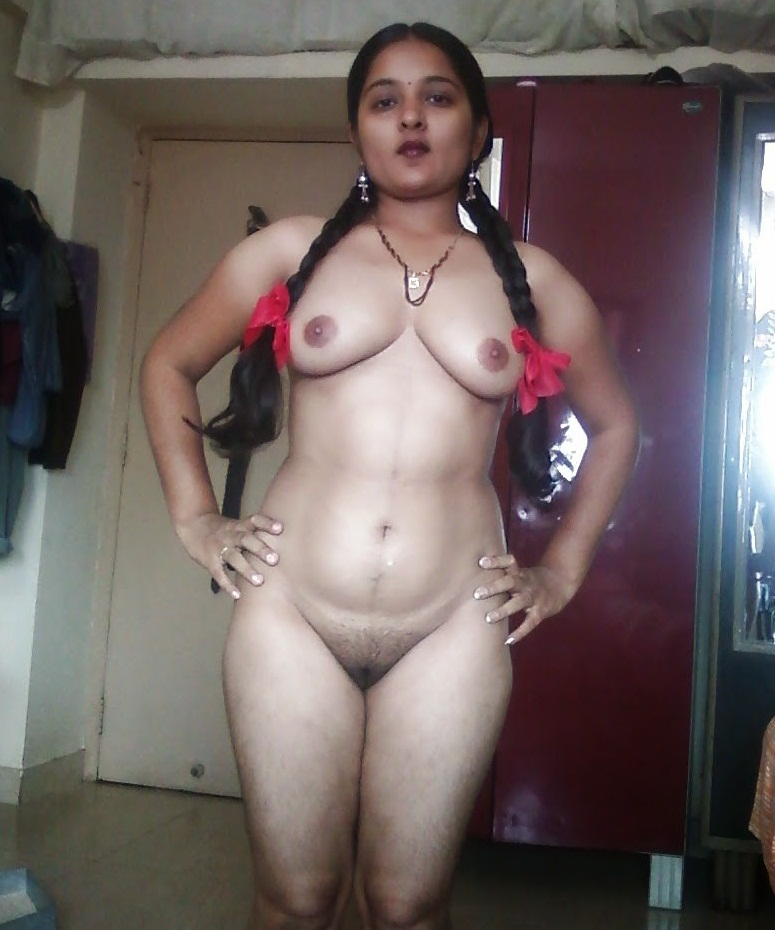Nude latino women spreading it
